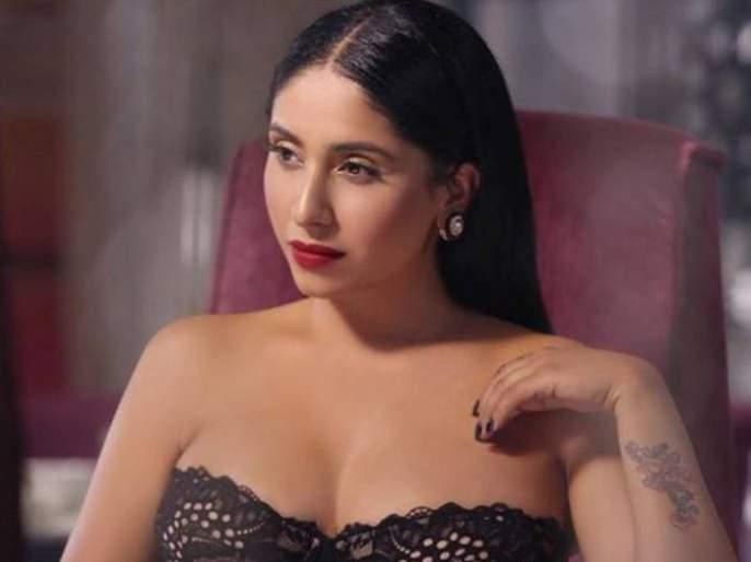 Bollywood singer Neha Bhasin opened up on being sexually abused several times in her life | 'दिल दियां गल्लां' फेम गायिका नेहा भसीनचं अनेकदा झालंय लैंगिक शोषण, मुलाखतीत केला खुलासा...