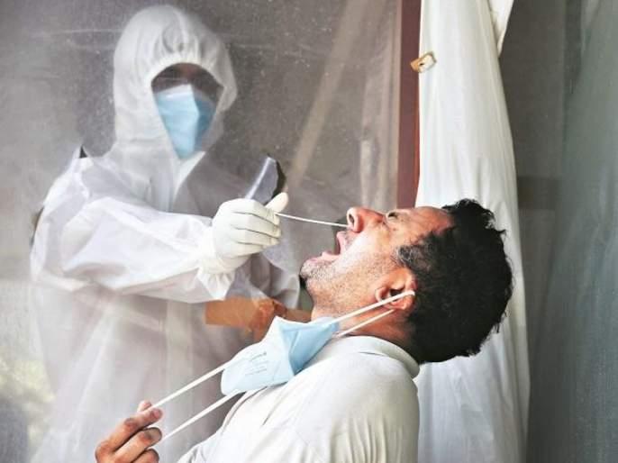How to care covid 19 patient at home without getting infection some tips | CoronaVirus : घरात कोरोना पॉझिटिव्ह रूग्ण असेल तर कशी घ्याल काळजी? तज्ज्ञांच्या टिप्स!