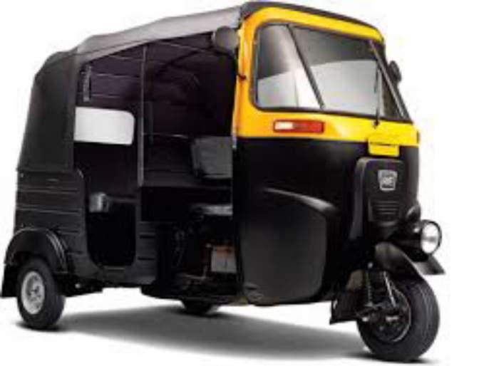 There are only 700 stops for almost 75000 autorickshaw in the pune city   पुणे शहरात पाऊण लाख रिक्षांना अवघे ७०० थांबे; पोलीस मस्त पालिका सुस्त