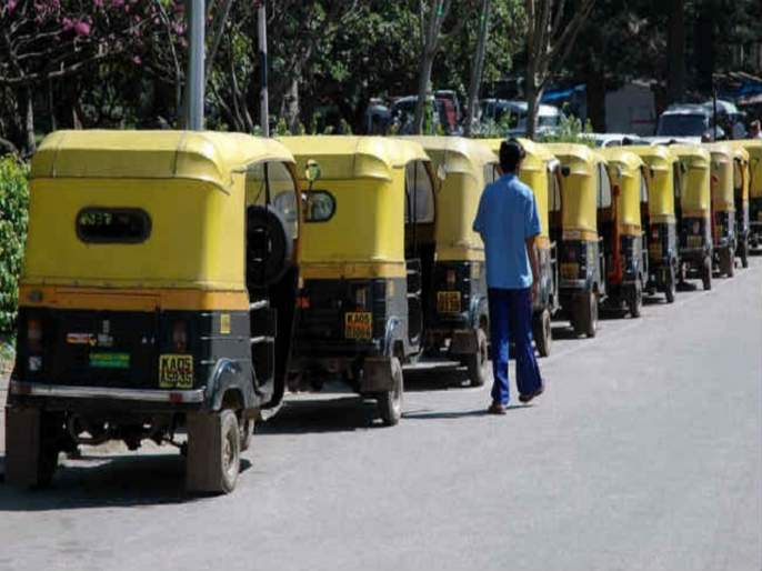 The plundering of commuters everywhere from share rickshaw   शेअर रिक्षांकडून सर्वत्रच प्रवाशांची लूटमार सुरू