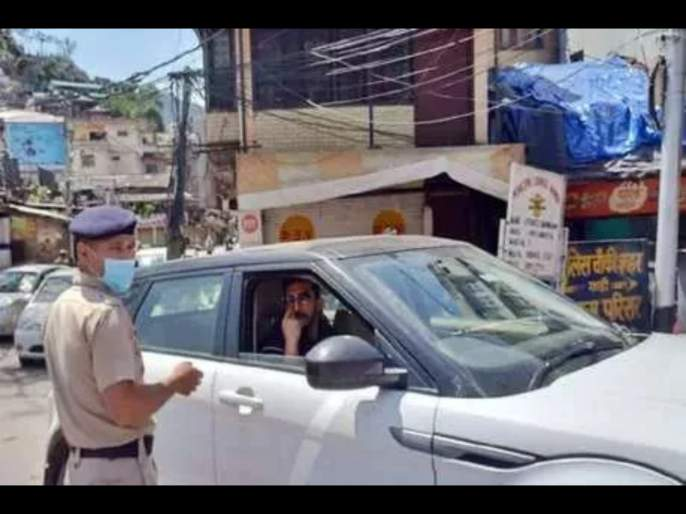 Indian cricketer Rishi Dhawan fined for breaking lockdown rules svg | Corona Virus : धवनने लॉकडाऊनचा नियम मोडला; पोलिसांनी पावती फाडली