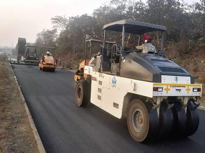 Mumbai-Goa highway to speed up work | मुंबई-गोवा महामार्गाच्या पहिल्या टप्प्याचे काम वेगात,रस्ता मे महिन्यापर्यंत वाहतुकीस सुरू होण्याचे संकेत