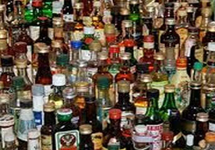 Robbery at a beer bar in Chikhali city; Liquor worth millions of rupees stolen | चिखली शहरातील बिअर बारवर दरोडा; लाखो रुपयांचा दारूसाठा लंपास