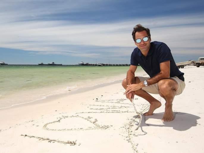 Roger Federer asked, 'What is a Bollywood Classic' movie ?; Netizens said ... | रॉजर फेडररने विचारलं, 'बॉलिवूड क्लासिक' सिनेमा कोणता?; नेटिझन्स म्हणाले...