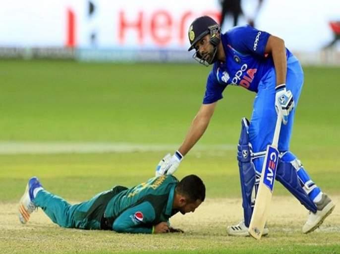 IND vs WI 4th ODI: Pakistan fall down in front of Rohit Sharma | IND vs WI 4th ODI : पाकिस्तानच्या खेळाडूने घातले होते रोहित शर्मापुढे लोटांगण
