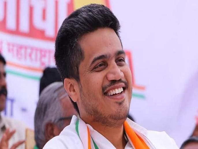 If you are arrogant, then it is as if Delhi - Rohit Pawar | अहंकार बाळगला, तर दिल्लीसारखी गत होते - रोहित पवार यांचा भाजपला टोला