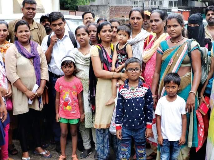 The Daily of Students of the RTE; Parents have run in police station | आरटीईच्या विद्यार्थ्यांची दैना; पालकांची पोलीस ठाण्यात धाव