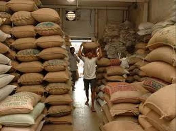 Deadlock of Ration grain stocks ease out in Akola | रेशनचे धान्य साठवणुकीचा तिढा सुटला!