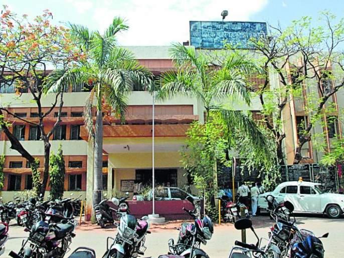Four inspectors of Nagpur RTO transferred to Dhule | नागपूर आरटीओतील चार निरीक्षकांची धुळ्यात बदली