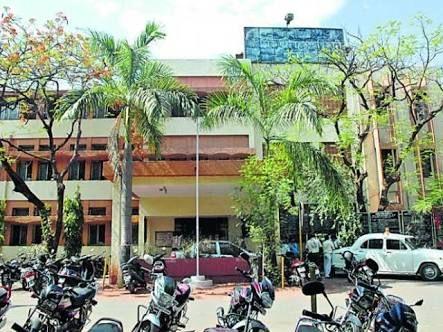 Registration of only 54 new vehicles in lockdown in Nagpur   नागपुरात लॉकडाऊनमध्ये केवळ ५४ नव्या वाहनांचे रजिस्ट्रेशन