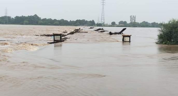 Flood situation in Gadchiroli, Chandrapur; Many villages lost contact | कोल्हा'पूर'नंतर चंद्र'पूर', गडचिरोलीतही पाणीच पाणी; अनेक गावांचा संपर्क तुटला