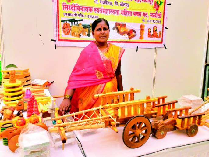 Rukmini Jatra Attractions; Demand from Maloli bullock cart from Mumbai | रुक्मिणी जत्रेचे आकर्षण; मळोलीच्या बैलगाडीला मुंबईतून मागणी