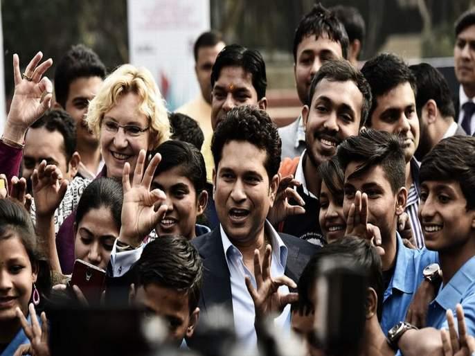 ICC World Cup 2019 : Sachin Tendulkar predicts ICC World Cup 2019 semifinalists | ICC World Cup 2019 : सचिन तेंडुलकरने सांगितले वर्ल्ड कपमधील 'Fantastic Four'!