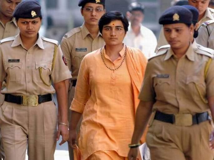Sadhvi Pragya Joins BJP, Likely to contest against Digvijay Singh | दिग्विजय सिंहांविरोधात भाजपाकडून लढणार साध्वी प्रज्ञा सिंह ठाकूर?