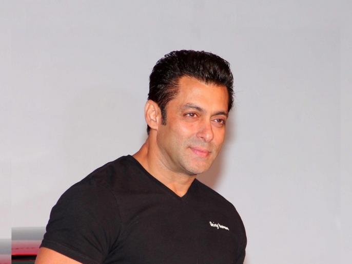 Salman khan gives salary to radhe workers in coronavirus lockdown gda | म्हणून सलमान आहे सर्वांचा भाईजान, कामाशिवायच देतोय सर्वांना पगार