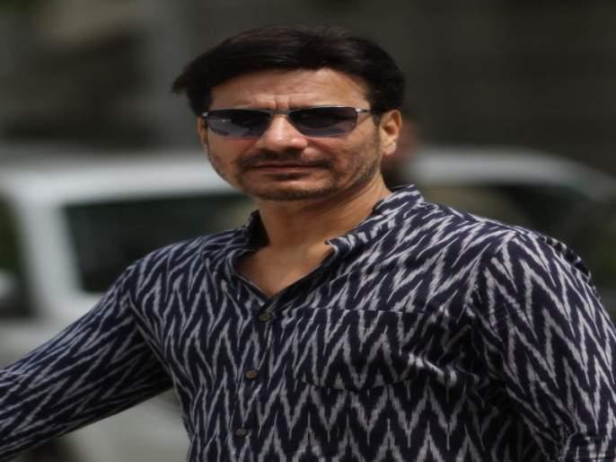Sandeep Kulkarni Dombivli Return to meet the fans in the role of producer from the movie! | संदीप कुलकर्णी 'डोंबिवली रिटर्न' सिनेमातून निर्मात्याच्या भूमिकेत रसिकांच्या भेटीला !