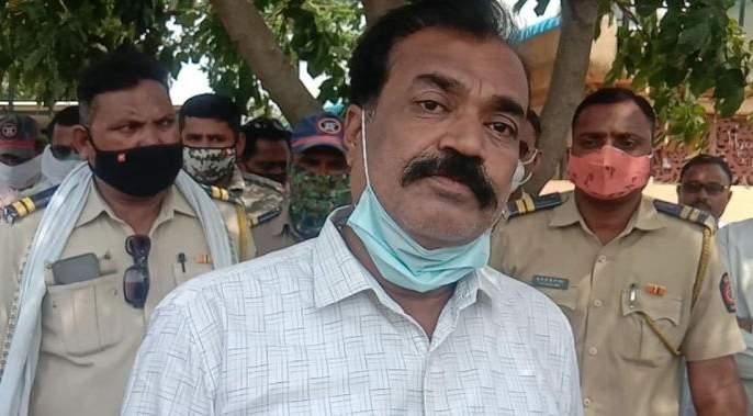 Former Shiv Sena MLA from Akot Sanjay Gawande arrested   शिवसेनेचे माजी आमदार संजय गावंडेयांना अटक; कृउबास सहसचिवास मारहाण केल्याचा आरोप