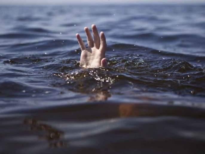 Three Ganesh devotees drown in Nashik; 5 Success to rescue people | नाशिकमध्ये तीन गणेशभक्त बुडाले; 5 लोकांना वाचविण्यास यश
