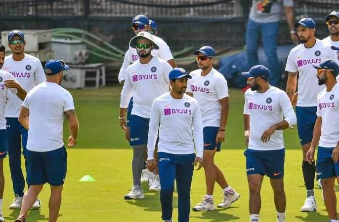 India vs New Zealand, 2nd Test: Indian team playing 'this' game, apart from practicing cricket... video become viral prl | India vs New Zealand, 2nd Test : क्रिकेटचा सराव करायचा सोडून भारतीय संघ खेळतोय 'हा' खेळ, व्हिडीओ वायरल