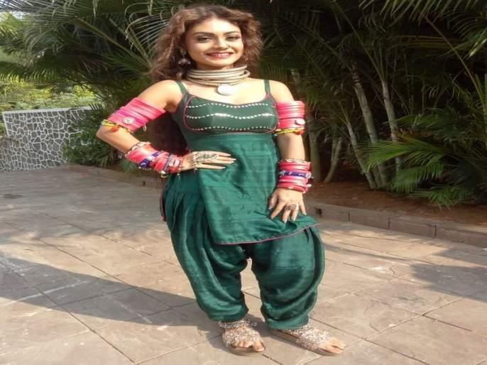 I have to wear jewellery weighing 10 kgs to get into Dilruba's look - Sreejita De | दिलरुबाप्रमाणे दिसण्यासाठी श्रीजिताने केली 'ही' गोष्ट