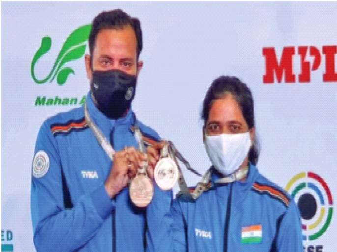 Indian shooters continue to excel; Two gold medals won on Friday | भारतीय नेमबाजांची शानदार कामगिरी कायम;शुक्रवारी पटकावली दोन सुवर्ण पदके