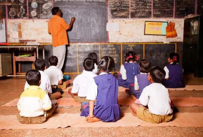 Attempts to start Pune Municipal School from June 15; about instructions give to parents | पुणे पालिकेच्या शाळा मात्र १५ जूनपासून सुरू करण्याचा प्रयत्न; पालकांना दिल्या गेल्या सूचना