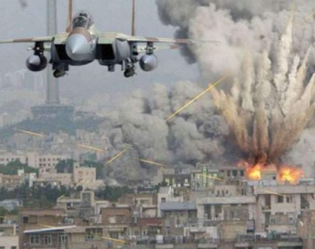 Airstrikes in Afghanistan; instead of Isis terrorists 30 farmers killed   अफगाणिस्तानमध्ये एअरस्ट्राईक; इसिसच्या दहशतवाद्यांऐवजी 30 शेतकरी ठार