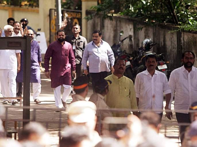 maharashtra election 2019 shiv sena asks its mlas to leave hotel retreat | महाराष्ट्र निवडणूक 2019: शिवसेनेचे आमदार हॉटेलमधून निघाले; 17 नोव्हेंबरला मुंबईत परतणार