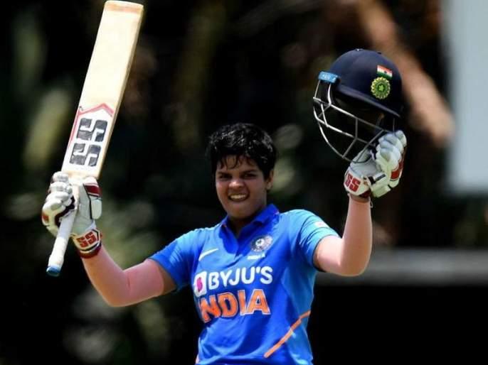 Shafali Varma's father had cut Shafali's hair because Being a girl didn't allow her to play in the cricket academy mac   'लेडी सेहवाग' शफाली वर्माच्या 'बॉय कट'मागे आहे भारी गोष्ट; वाचून म्हणाल, 'ओ बाप्पूsss'