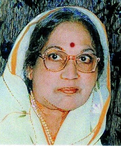Veteran painter Shakuntala Satpute passed away in Nagpur   नागपुरातील ज्येष्ठ चित्रकार शकुंतला सातपुते यांचे निधन