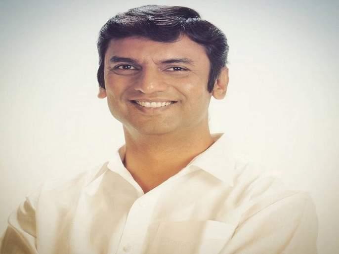 Seven accused including former MLA Shankarrao Gadakh | माजी आमदार शंकरराव गडाख यांच्यासह सात जणांवर गुन्हा दाखल