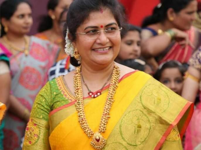 Jollene takes oath as minister to Nipani MLA Shashik | निपाणीच्या आमदार शशिकला जोल्ले कर्नाटक मंत्रीमंडळात कॅबिनेट मंत्री