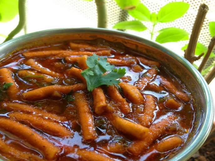 Recipe of authentic Khandeshi Shebhaji | तेजतर्रार खान्देशी शेवभाजी करून तर बघा