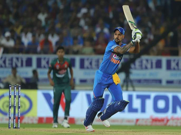 India Vs Bangladesh, 3rd T20I : Shikhar Dhawan complete 1500 T20 international runs, become a fifth Indian | India Vs Bangladesh, 3rd T20I : शिखर धवनचा 19 धावा करूनही 'गब्बर' पराक्रम; धोनी, कोहली यांच्या पंक्तित स्थान