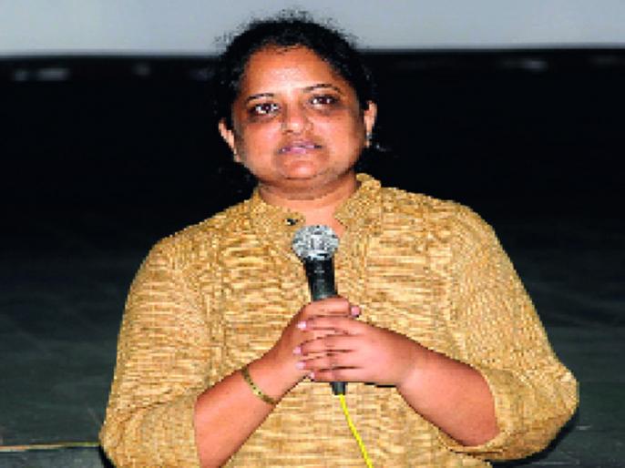 Feminism, tribal values are the strength of Narmada Bachao Andolan: | स्त्रीवाद, आदिवासी मूल्ये हीच नर्मदा बचाव आंदोलनाची शक्ती- : शिल्पा बल्लाळ