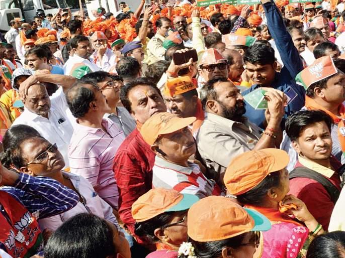 Election campaign to 'heat'; Workers were bazaar | निवडणुकीचा प्रचार 'ताप'ला;कार्यकर्ते झाले उन्हाने बेजार