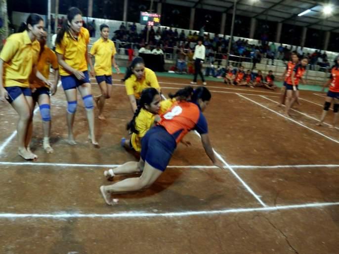 Kabaddi: The winning salute of struggle, budding, Amarhind, Shivshakti | कबड्डी : संघर्ष, होतकरू, अमरहिंद, शिवशक्ती यांची विजयी सलामी