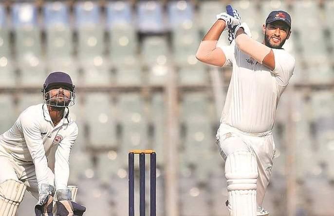 IPL Auction 2018: Shivam Dubey, who hit five sixes in one over, will get a quote of five crore   IPL Auction 2018: एका षटकात पाच षटकार लगावणाऱ्या शिवम दुबेला पाच कोटींची बोली