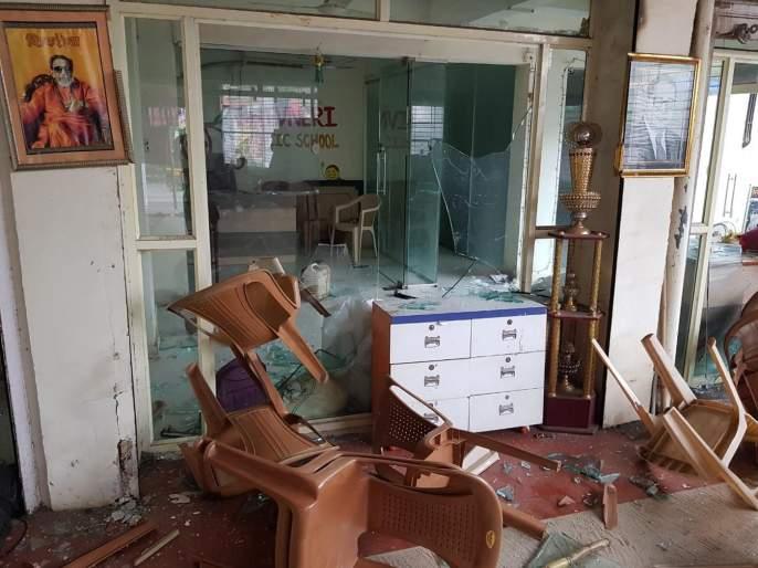 Internal dispute erupts in Shiv Sena; Shivsainiks vandalized the office of the corporator   शिवसेनेतील अंतर्गत वाद पेटला; शिवसैनिकांनीच नगरसेवकाच्याकार्यालयाची केली तोडफोड