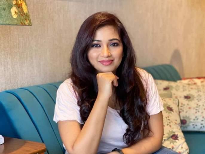 Singer Shreya Ghoshal's song 'Aale Janma Aale Bhim Bal' was sung | गायिका श्रेया घोषालच्या स्वरसाजात सजलं 'आले जन्मा आले भीम बाळ' गाणं