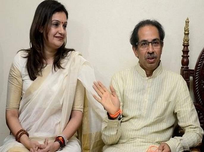 Priyanka Chaturvedi's status on 'odd and Even', viral memes laughing over | महाराष्ट्र निवडणूक 2019 : प्रियंका चतुर्वेदींची अवस्था 'ऑड अँड इव्हन', व्हायरल 'मिम्स'वर हसू आवरेना