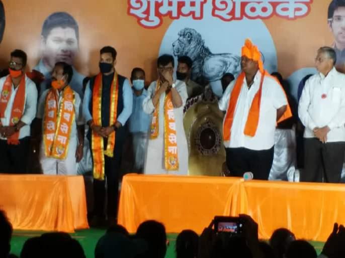 "Belgoan Election: ""Winning Congress is Shivsena Sanjay Raut agenda Says Devendra Fadnavis | Belgoan Election: ""काँग्रेसला जिंकवणं हाच संजय राऊतांचा अजेंडा; बेळगावात महाराष्ट्र एकीकरण समितीचा स्पॉन्सर्ड उमेदवार"""