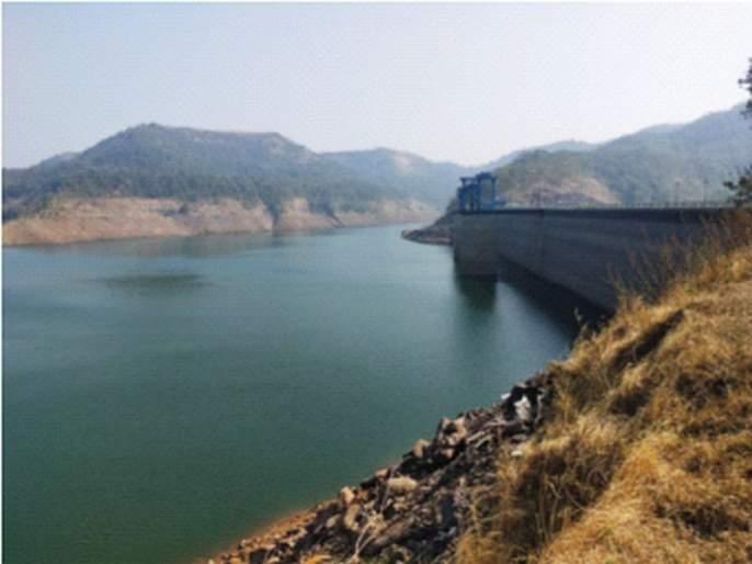 Mokhada's Vaitarna tap water supply scheme stalled?   मोखाड्याची वैतरणा नळ पाणीपुरवठा योजना बारगळली?; रोज मरे त्याला कोण रडे