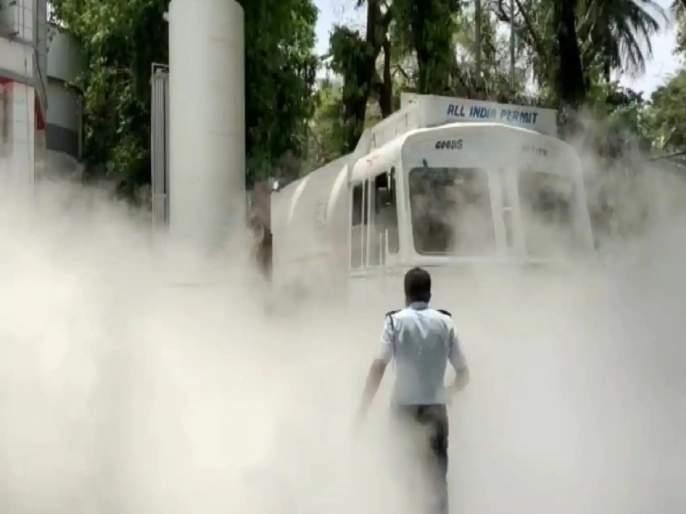 Nashik Oxygen Leak: Fear of cheating 30-35 patients due to oxygen leakage | Nashik Oxygen Leak: नाशिकमध्ये हाहाकार! ऑक्सिजन गळतीमुळं २२ रुग्णांचा मृत्यू, मृतांचा आकडा वाढण्याची भीती