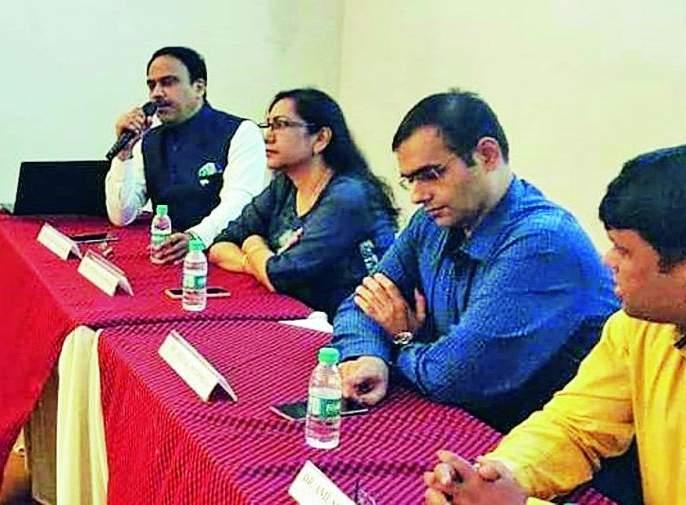 Sleeping disrupted With Smartphone: Rajesh Swarnakar | स्मार्टफोनने उडवली झोप : राजेश स्वर्णकार