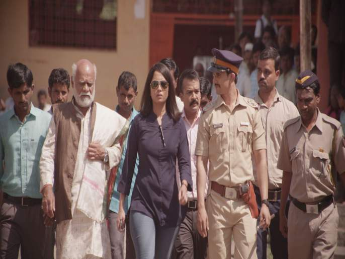 Saavat Marathi Movie Review   Saavat Marathi Movie Review : चित्तथरारक 'सावट'