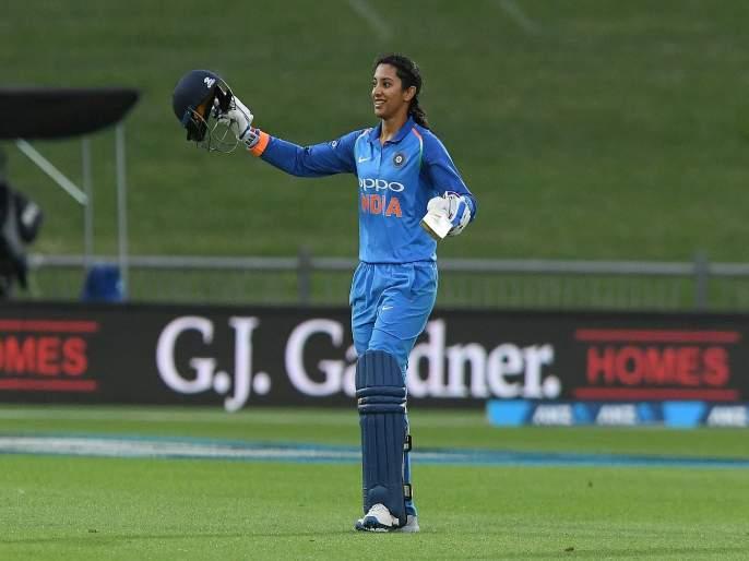 India Women Vs South Africa women T20I : Smriti Mandhana become first player to represent India in 50 consecutive T20 matches | शाब्बास पोरी... विराट, धोनी यांना जे जमलं नाही ते स्मृती मानधनाने करून दाखवलं