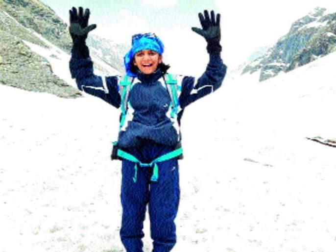 Amitapatra summit sar from Sangli's upper Patiala | सांगलीच्या लेकीनं करुन दाखवलं, ऊर्वी पाटीलकडून हिमालयातील हमतापास शिखर सर