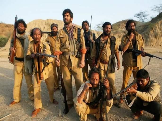 Sonchiriya Movie Review: Sushant Singh Rajput, Manoj Bajpayee heartbreaking performance | Sonchiriya Movie Review: मनात घर करणारा सोनचिडिया