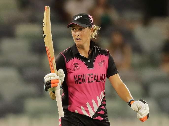 Womens T20 World Cup : Sophie Devine recorded her 6th consecutive fifty-plus score in the T20I format   Womens T20 World Cup : न्यूझीलंडच्या कर्णधाराचा विश्वविक्रम; पुरुष क्रिकेटपटूलाही जमला नाही असा पराक्रम